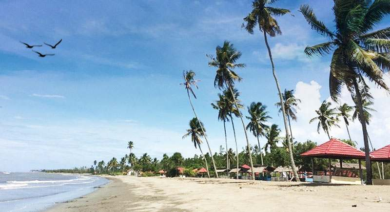 Pantai Lombang Lombang Mamuju