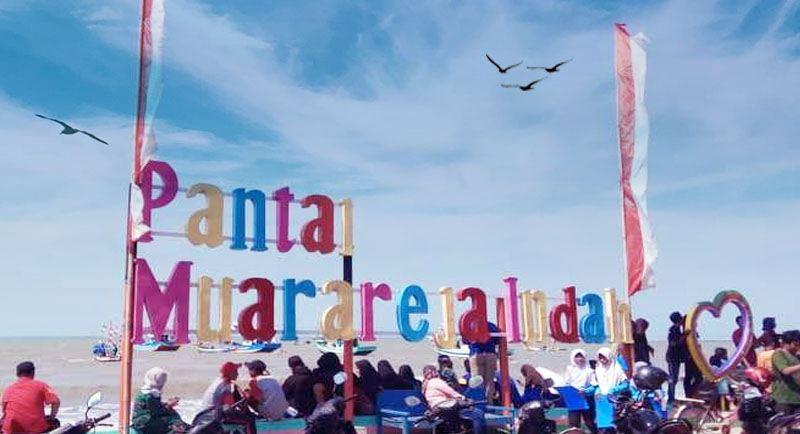 Pantai Muarareja Indah Tegal