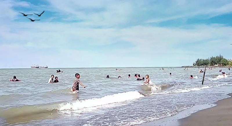 Pantai Ngebum Kota Kendal