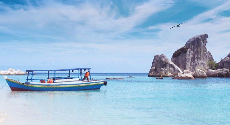 Pantai Penyabong Bangka Belitung