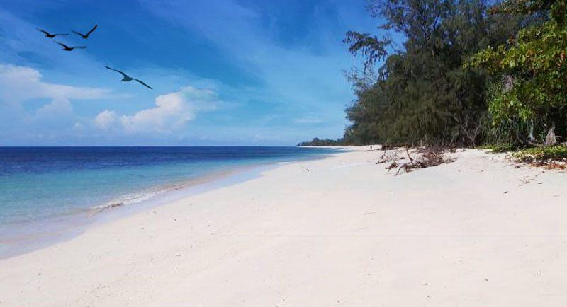 Pantai Puru Kambera Sumba