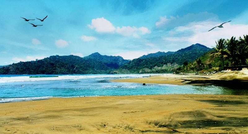 Pantai Sidem Tulungagung 1