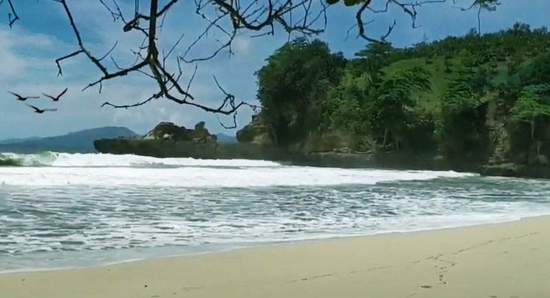 Pantai Sioro Tulungagung