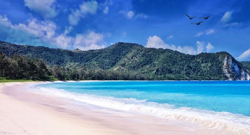 Pantai Tarimbang Sumba