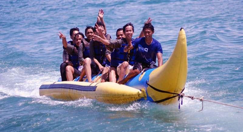 Permainan Di Pantai Tanjung Lesung