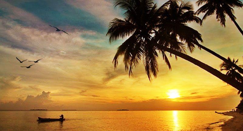 Sunset Di Pantai Barakuda