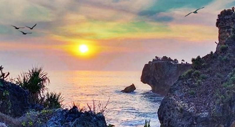 Sunset Di Pantai Ngeden