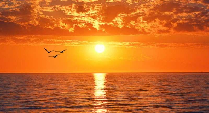 Sunset Di Pantai Nglambor