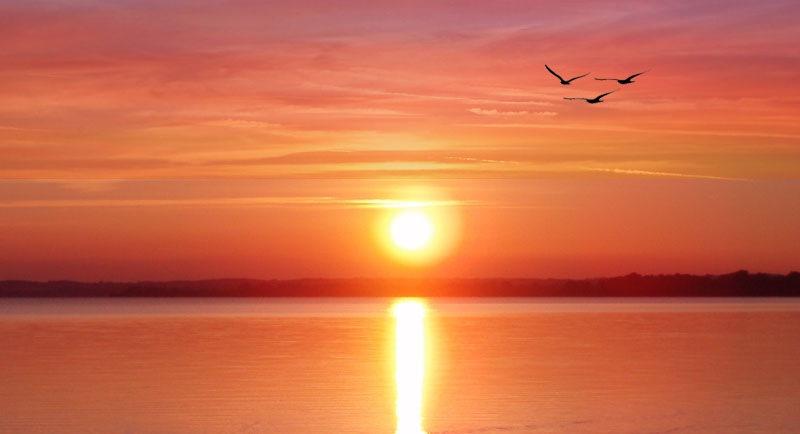 Sunset Di Pantai Putri Serayi