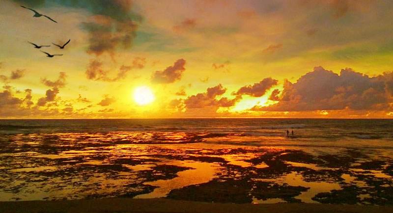 Sunset Di Pantai Sindangkerta