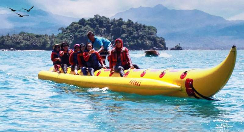 Wahana Air Pantai Karanggongso