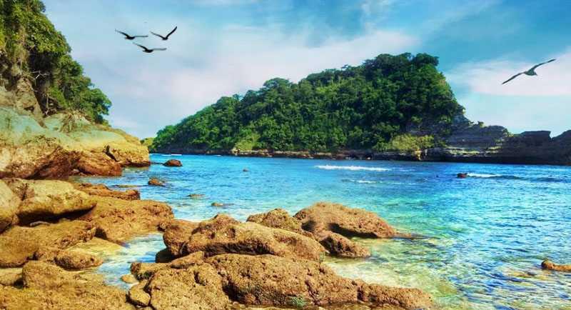 Wisata Pantai Atuh