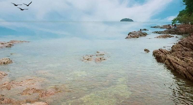 Wisata Pantai Cakang