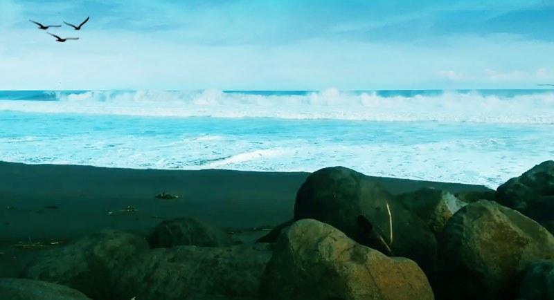 Wisata Pantai Genjik