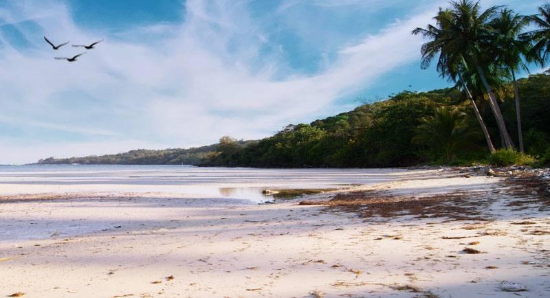 Wisata Pantai Legon Lele Karimunjawa