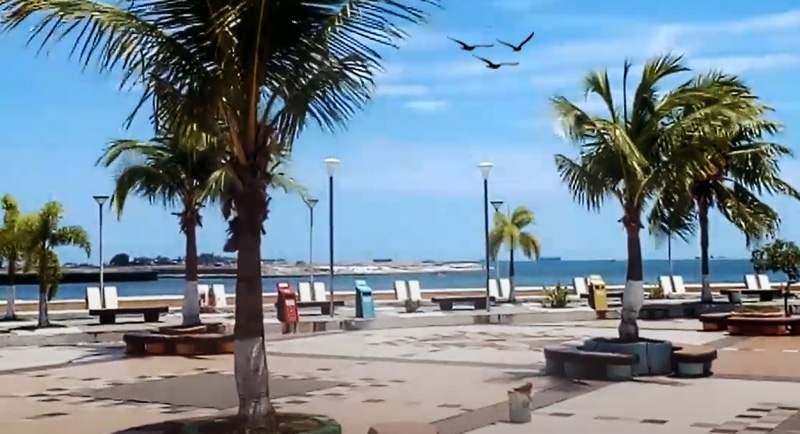 Wisata Pantai Losari
