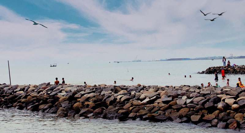 Wisata Pantai Muarareja Indah