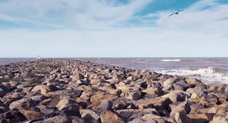 Wisata Pantai Slamaran