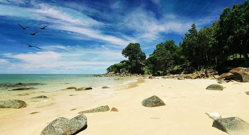 Wisata Pantai Tanjung Batu
