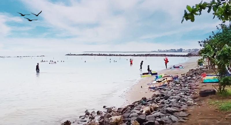 Wisata Pantai Tirtamaya