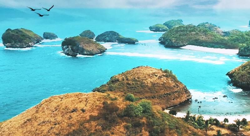 Wisata Pantai Watu Karung
