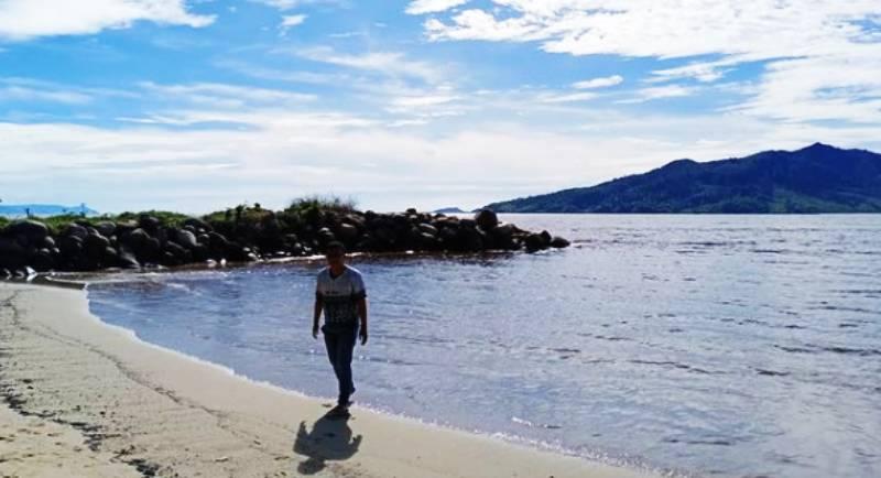 Alamat Pantai Bosur