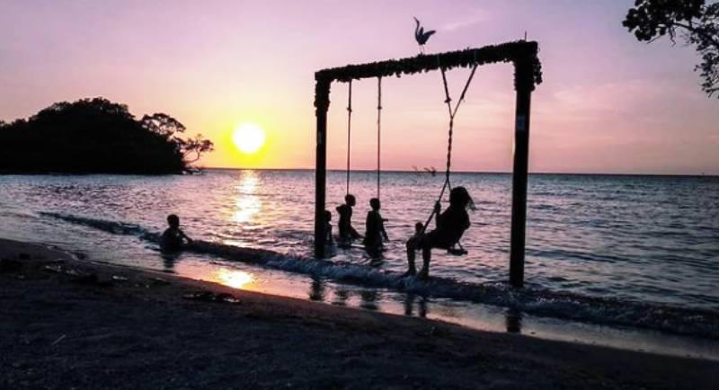 Fasilitas Pantai Tanjung Pendam