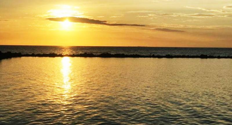 Pantai Akkarena Sulawesi Selatan