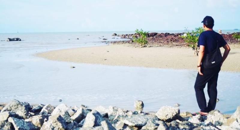 Pantai Pasir Padi Belitung