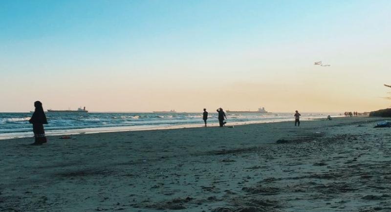 Objek Wisata Pantai Monpera 2