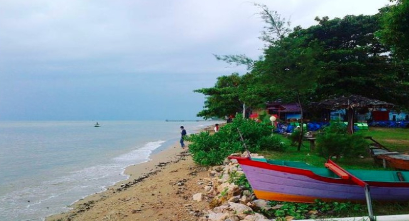 Pantai Auri Sepinggan