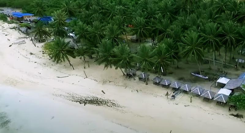 Pantai Kaluku Donggala