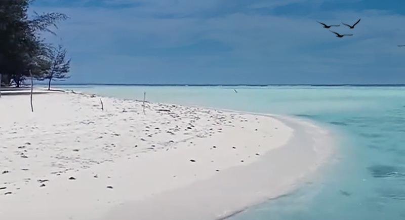 Pantai Pulau Geleang Karimunjawa Jepara