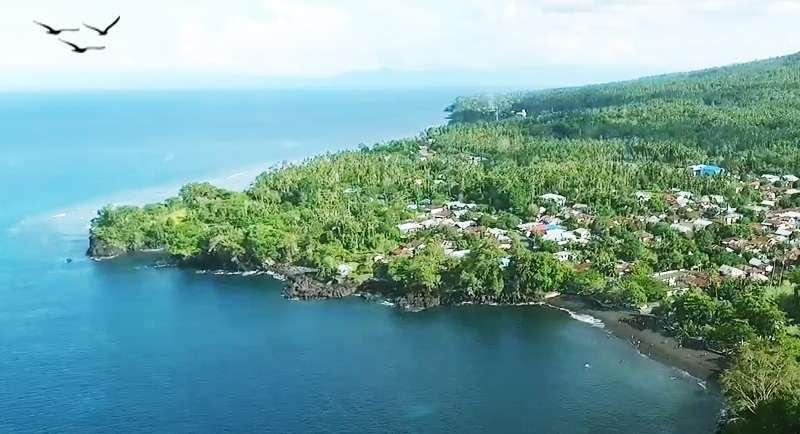Pantai Sulamadaha Pulau Ternate