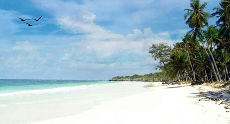 Pantai Samboang Bulukamba