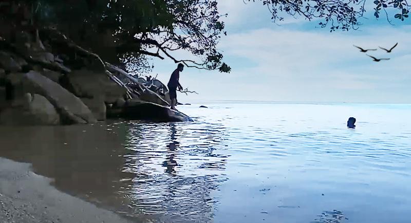 Pantai Sivalenta Donggala