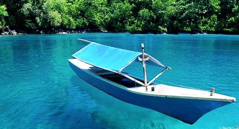 Pantai Sulamadaha Ternate