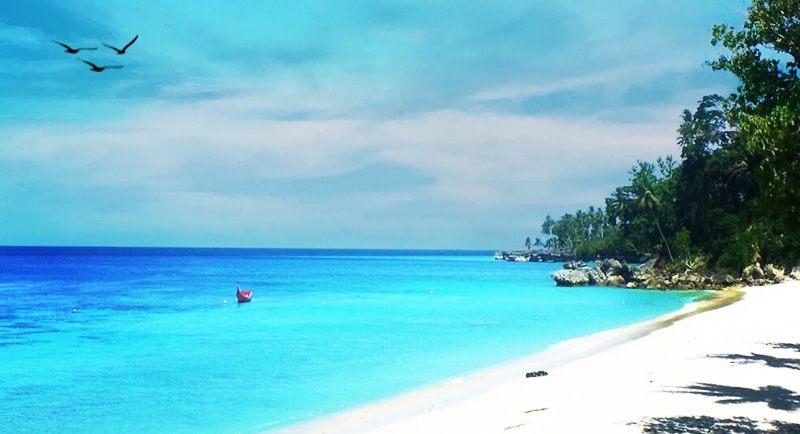 Pantai Sumur Tiga