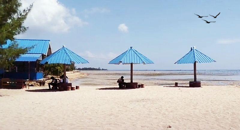 Pantai Toronipa Kendari