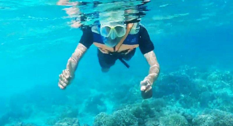 Snorkeling Di Pantai Bara