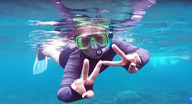 Snorkeling Di Pantai Pulau Cemara Karimunjawa