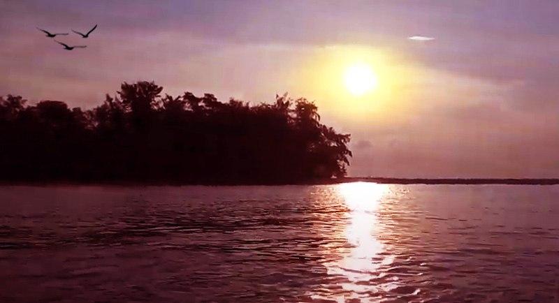 Sunset Di Pantai Pulau Cemara Karimunjawa