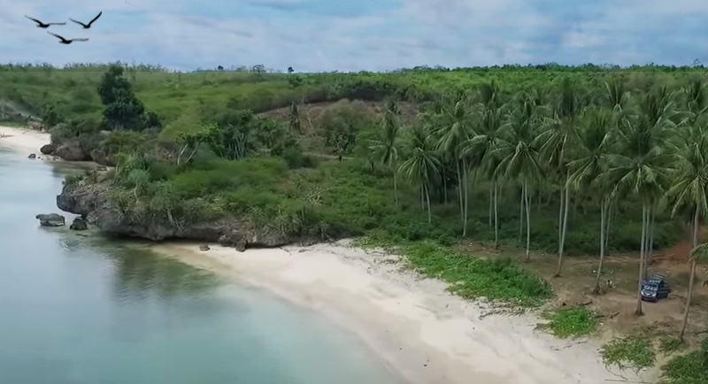 Wisata Pantai Baloiya