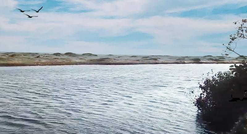 Wisata Pantai Cijeruk Garut