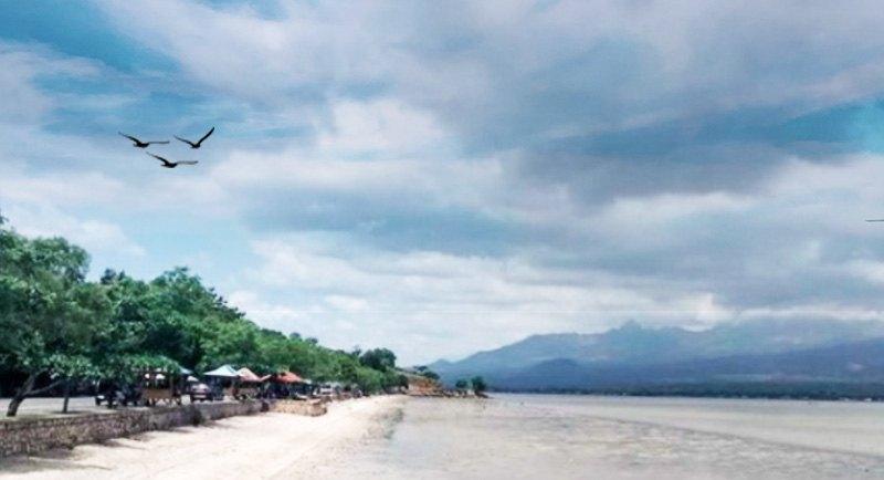 Wisata Pantai Kalaki