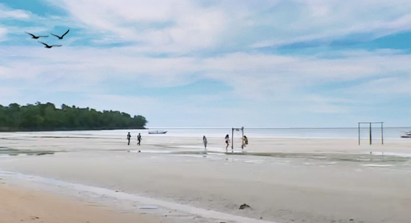 Wisata Pantai Kaluku Donggala