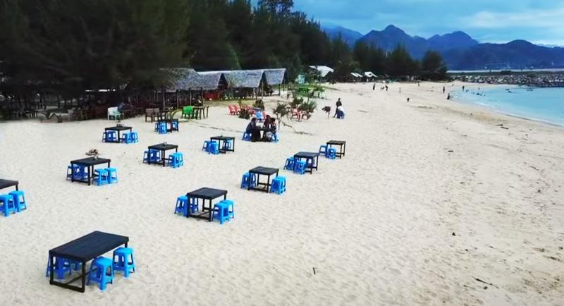 Wisata Pantai Lhoknga Aceh