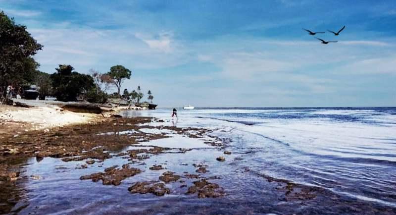 Wisata Pantai Punaga Takalar