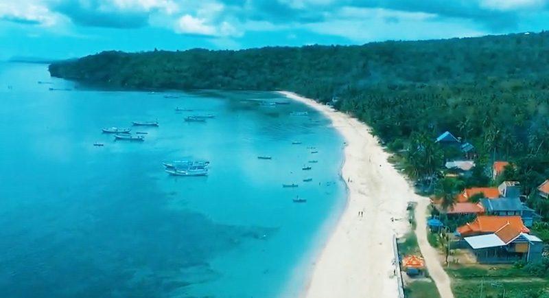 Wisata Pantai Samboang