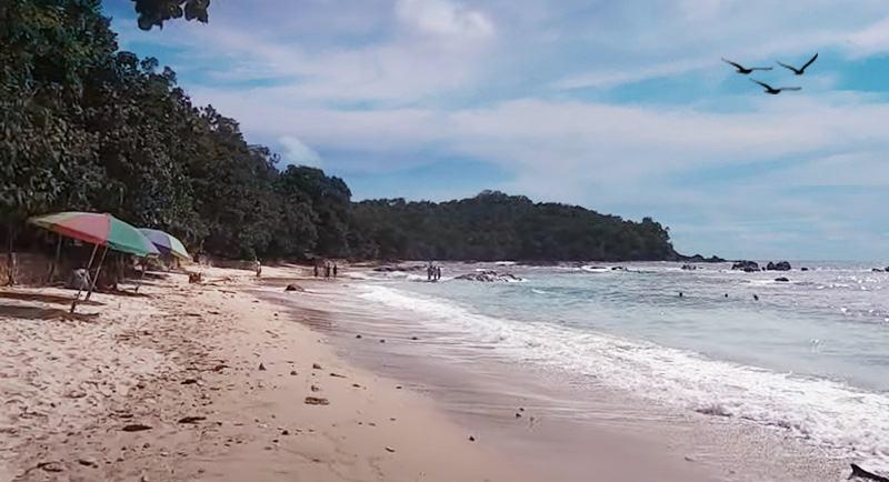 Pantai Wediombo Gunungkidul